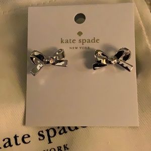 NWT ♠️ Kate Spade silver Skinny mini bow earrings